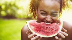 Farmers market shares their tips on how to pick the best watermelon this summer