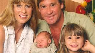 Robert Irwin leaves fans doing a double-take with lookalike photo of his late father Steve Irwin