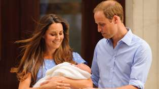 """Kate Middleton opens up about why she """"terrifyingly"""" debuted her babies outside the Lindo Wing"""
