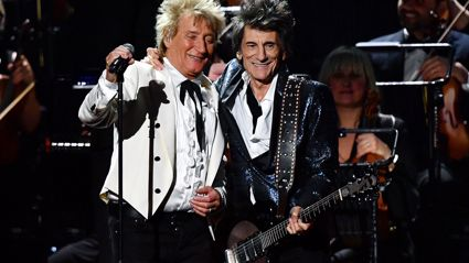 Rod Stewart reunites with Faces!