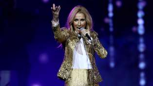 Céline Dion sings Cher's hit 'Believe' during her soundcheck