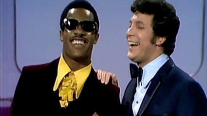 Tom Jones and Stevie Wonder with an epic medley