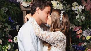 Bindi Irwin shares new photos from her beautiful wedding as she celebrates one month of marriage