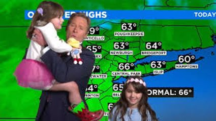 Weather reporter gets hilariously interrupted by his two adorable daughters during live broadcast