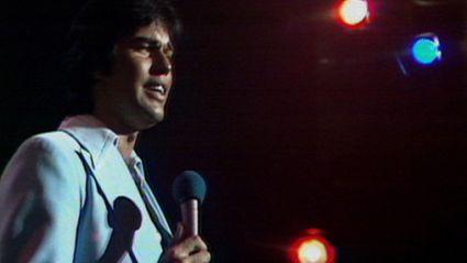 John Rowles sings Cheryl Moana Marie on a TV special