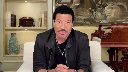 Lionel Richie leads powerful all-star 'Idol' rendition of 'We Are The World'