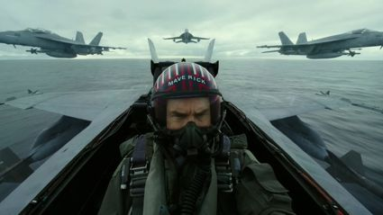 'No CGI Here'- Tom Cruise shows off some amazing behind the scenes footage!