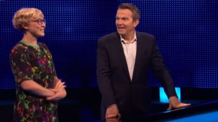 Bradley Walsh hilariously tells off The Chase contestant after she took over his job