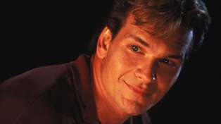 "Patrick Swayze's wife reveals he ""had to fight for"" his role in 'Ghost'"