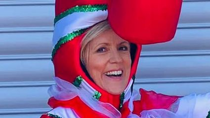 Hilary Barry gives fans a sneak peek of her fabulous Farmers Santa Parade costume