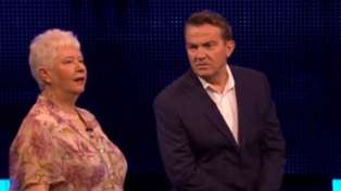 "Bradley Walsh hilariously tells off The Chase contestant after she ""broke a show rule"""