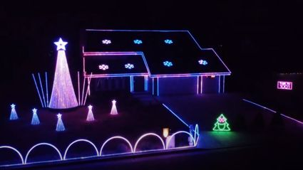Californian house has incredible Christmas light show set to David Guetta and Sia's hit 'Titanium'