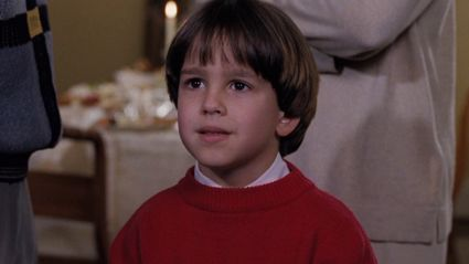 The kid from 'The Santa Clause' has grown up to be a total heartthrob