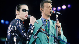 Annie Lennox and David Bowie wow 72,000 people with Freddie Mercury tribute