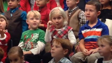 Heartwarming moment daughter signs for her deaf parents so they can enjoy Christmas concert too