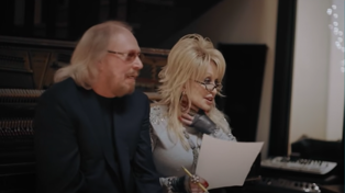 Take a behind the scenes look at Barry Gibb and Dolly Parton's duet of a Bee Gees classic