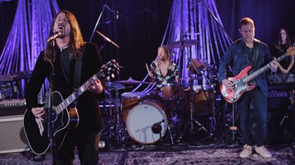 Foo Fighters perform impressive cover of the Bee Gees' disco classic 'You Should Be Dancing'