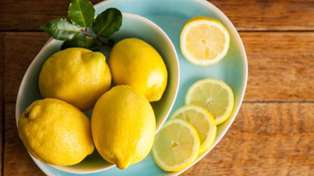 Hack goes viral for showing how to juice lemon without cutting it open